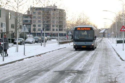 bus_op_sneeuwbaan