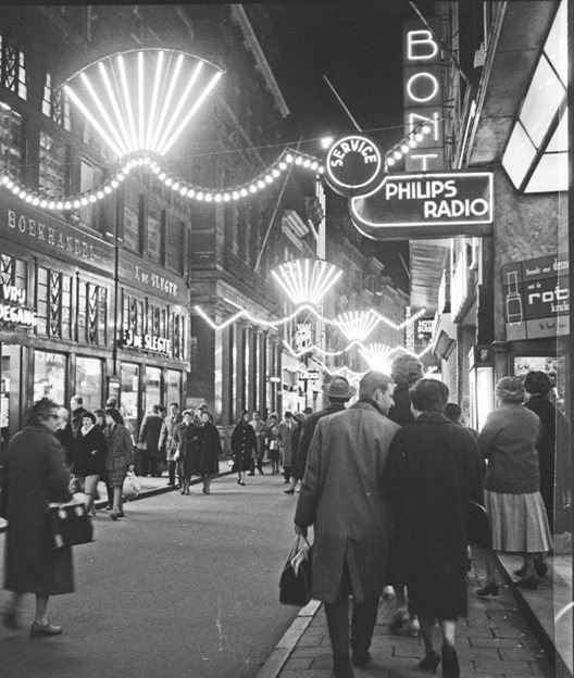 Amsterdam_by_night1955_001