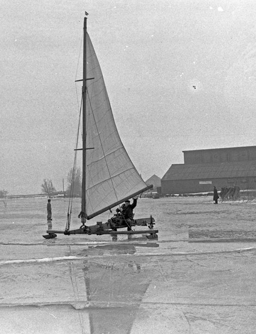 ijszeilen_ijsselmeeer_1956